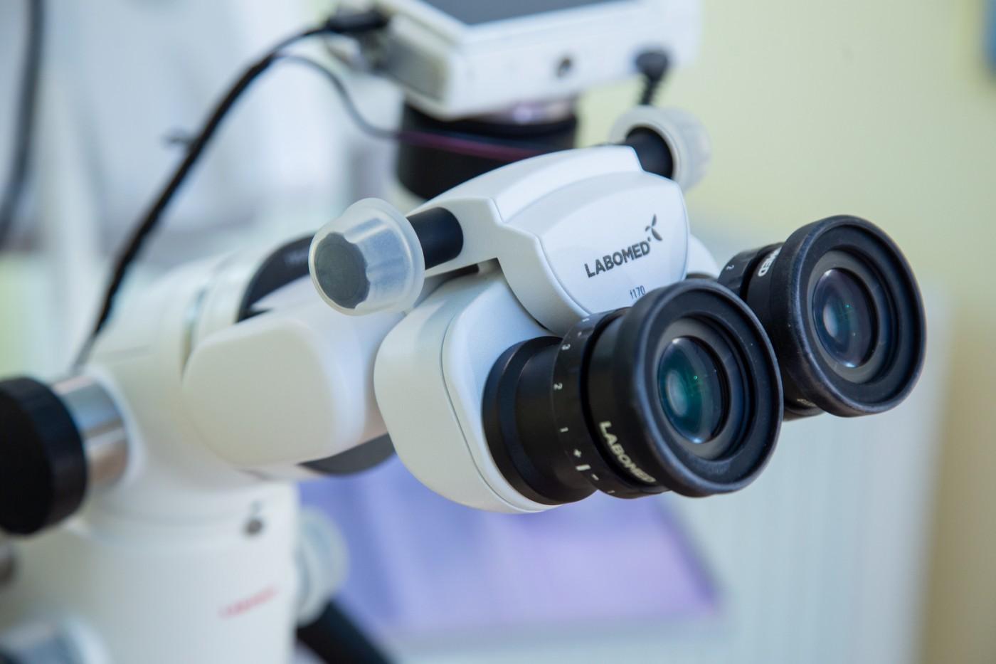 Endodonție la microscop Braila