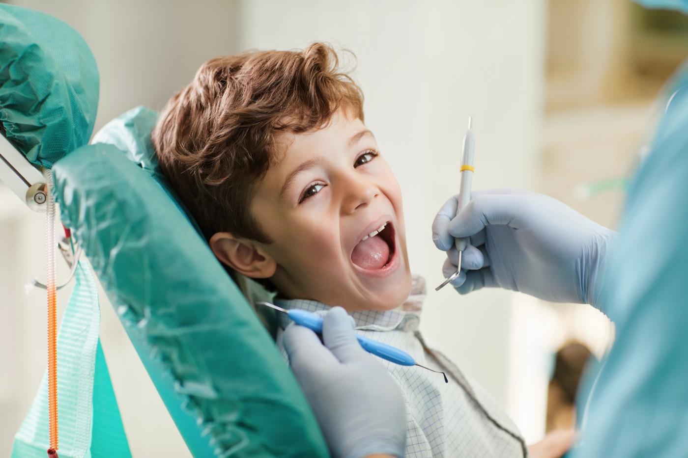 Primul consult stomatologic la copii