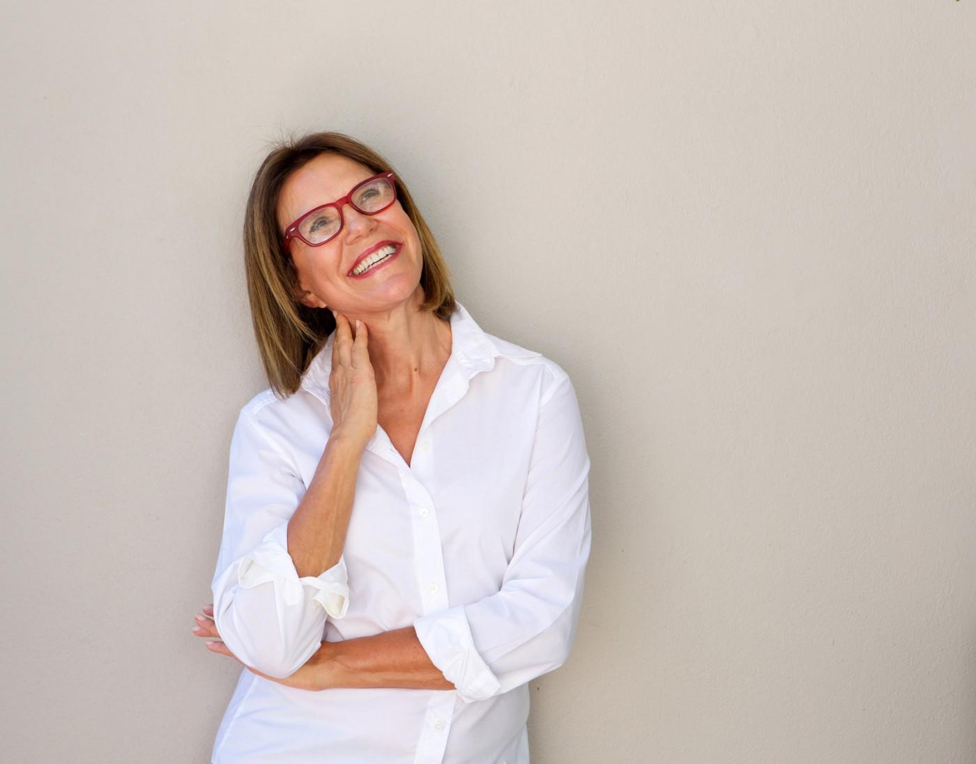 Cât rezistă un implant dentar?