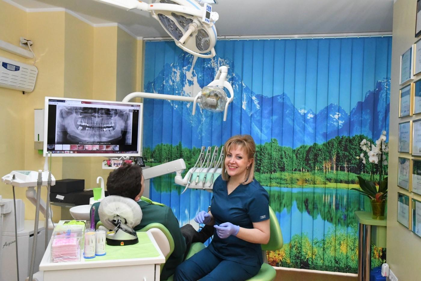 Tratamentul cu proteză fixă cu 4 implanturi la SteliDental