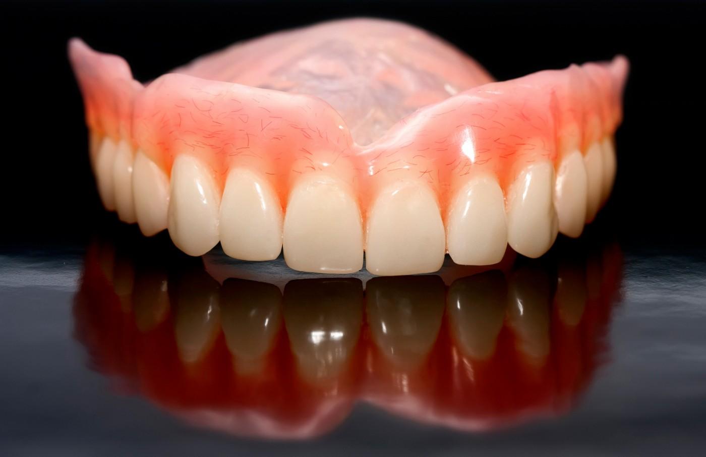 Probleme cu proteza dentară
